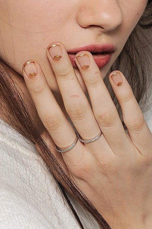 gold nude nails